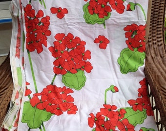"Vintage Cotton Fabric- Lg Floral Print // 1 yard long, 47"" wide > Everfast > bright red geraniums, lime green leaves"