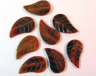 8 Carved Resin Leaf Beads 43x25 mm