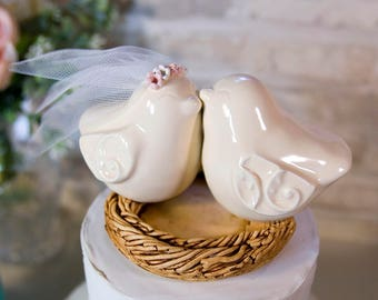 Love Birds with Scroll Pattern Wings