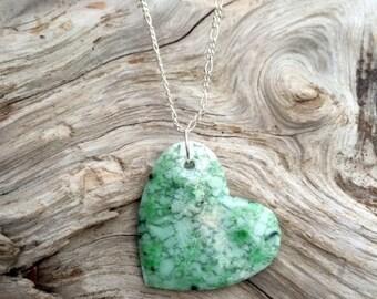 Washington Grossular Garnet Heart and Bead Necklace