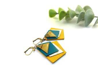 "Leather and brass earrings// ""Amyra"" blue, mustard yellow, bronze and gilded"