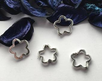 5 flower spacer beads, pearl bracelet Center insert, necklace
