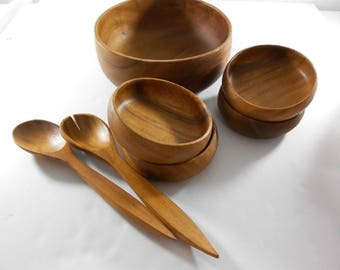 Vintage Monkey Pod Salad Serving Bowl Set for 4 Philippines withw Fork Spoon Wood