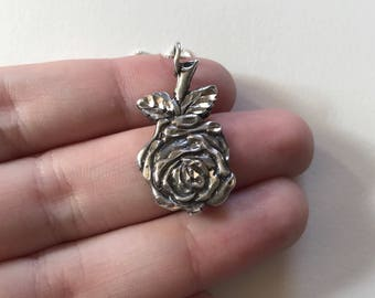 Vintage Rose 925 Sterling Silver Relief Pendant Necklace
