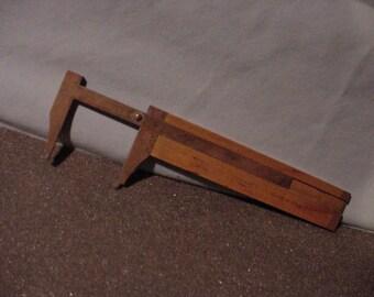 "Antique Caliper - Wood & Brass Body 5"" Measuring Length. ID  OD"