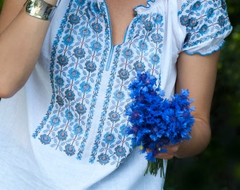 White cotton embroidered vyshivanka blouse, short sleeves, boho folk style,  Ukrainian embroidery blouse, cotton cambric batiste