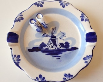 Delfts Blue Vintage Hand Painted Souvenir Ashtray Holland