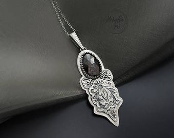 Stars carry the night - a silver necklace with a starry garnet, pmc jewelry, fine jewelry, for her