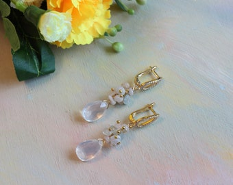 Earrings with chalcedony and beryllium, gold-plated