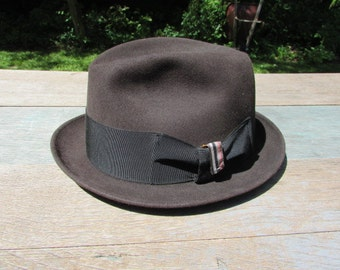 Vintage ADAMS Brown Felt Fedora size Medium 7-1/8""