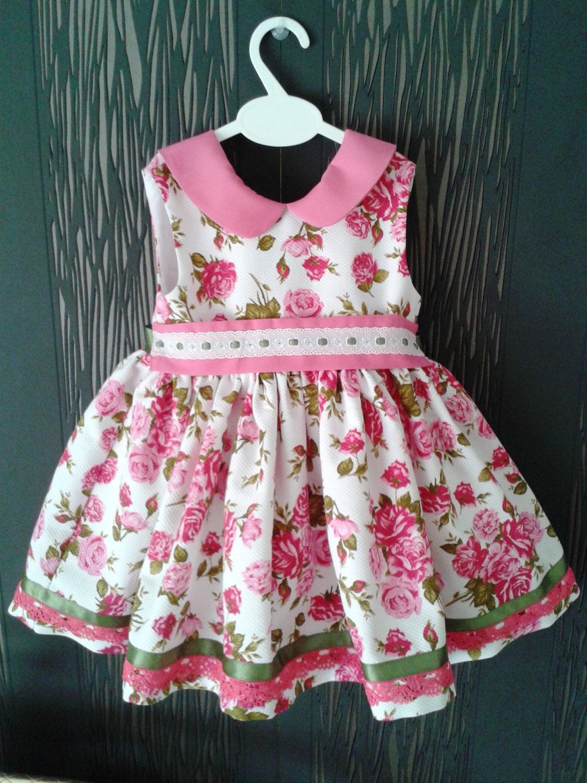 Vestido ni a flores piqu ropa beb rosa y blanco rosas - Perchas para ropa de bebe ...
