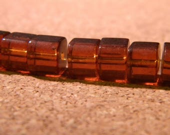 45 glass beads square Crystal 6 mm - amber PE276 7 way