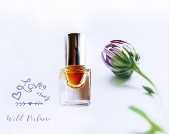 "Natural Rose Perfume oil Honeycomb Clover Wild Rose Fragrance ""the Rose Bee"" Wildflower Saffron Botanical Natural Organic 3 ml + Samples"