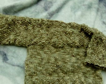LKK Babys hand knitted sweater wool acrylic blend 3-6 months. green blended yarn