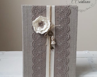 Guestbook Vintage  { Happiness } in linen, lace and handmade satin flower