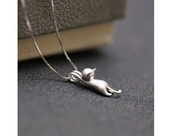 Mini cat necklace on metal chain silver quality brushed