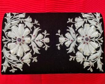 Black velvet embroidered evening bag, Zardozi handbag, Zardozi clutch, velvet evening bag, India embroidered clutch, gifts for her