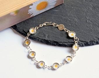 Daisy Flower Bracelet, Sterling Silver, White Daisies, Flower Bracelet, Daisy Chain,  Flower Girl Gift, Bridesmaid Gift, Silver Daisy