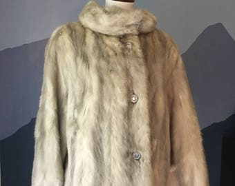 Gorgeous Gray Mink Fur Coat- Sparkly Fun Vintage Buttons- Fun Coat For Winter Months- Good Condition Fur- Genuine Fur Coat