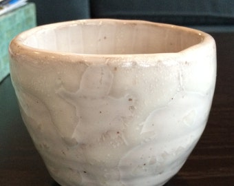 Small White Marbled Bowl