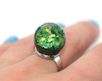 Green Liquid Ring Holiday Holo Ring Moving Lava Snow Globe Ring Sphere Orb Iridescent Ball Ring