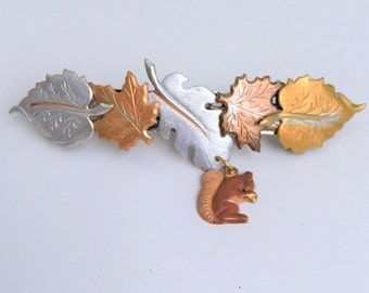 Leaf hair barrette with Squirrel, Women's, Medium