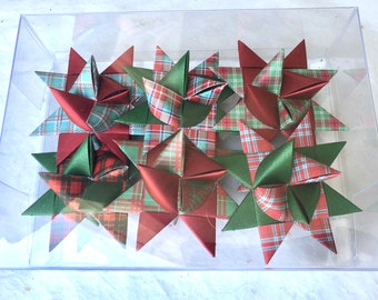 Moravian Paper Star Ornaments ~Red & Green Plaids (3 inch)