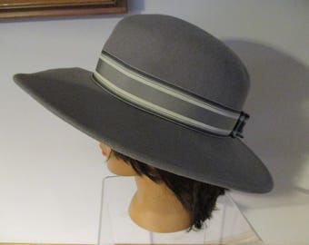 Gray with  Banded Ribbon Mr. Murray  New York Lancaster  wOOL Women's  Hat ~ Wide Brim