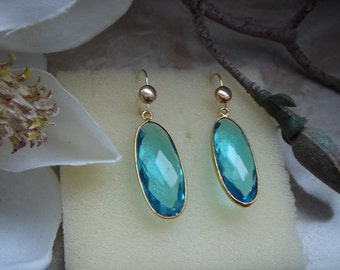 Earrings with Blue Topaz in 585-er silver! Wonderful!