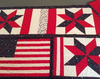 Patriotic table runner and placemat set