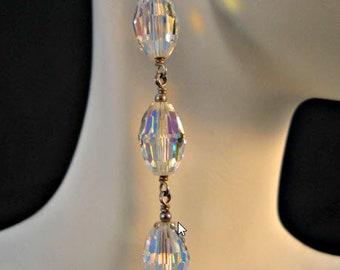 Vintage Crystal Earrings,crystal earrings,dangle earrings,drop earrings,vintage earrings,crystal jewelry,vintage jewelry,clear crystal