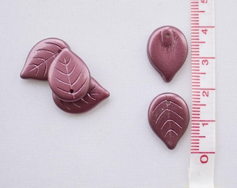 Leaves charm 3D • Leaf Charm • Bordeaux Charms • Romantic tone
