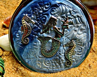Compact mirror_mermaid and seahorse mirror_beauty accessory