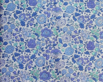 "Liberty Fabric Tana Lawn Classic Collection D'ANJO D sold by 1/4 metre or XL Fat Quarter (20"" x 26"")"