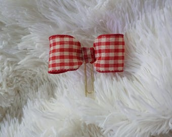 Red and white checkered plaid bow paperclip planner clip