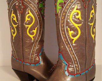 Size 7.5 C Hand Painted with Swarovski Crystals Dan Post Women's Western Boots
