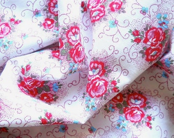 1930's cotton fabric vintage red roses fabric patchwork or quilting fabric antique french fabric french floral fabric 22