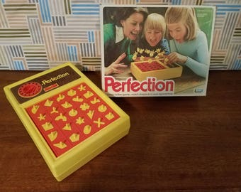 PERFECTION Vintage family game...match shapes in race against time