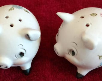Pig, Salt and Pepper, Lefton,  Vintage 1960's, Pig S & P, Flower Power, Ceramic Bisque Matte, Country Kitchen