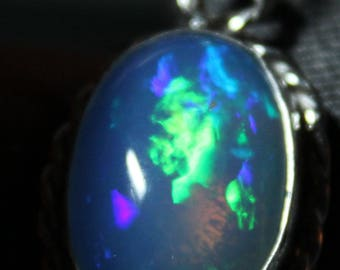 Sterling silver Ethiopian opal necklace , Large Opal, 12.4 ct oval cabochon (20 mm x 14 mm)