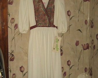 Vintage 70s   Hippie Boho peasant  Vicky Vaughn dress size 13  never worn