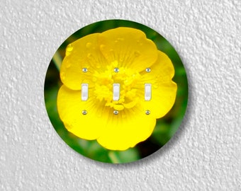 Buttercup Flower Round Triple Toggle Light Switch Plate Cover