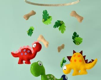 Baby Dinosaur Mobile / Nursery Felt Dinosaur Mobile / Baby Shower Gift / MADE TO ORDER