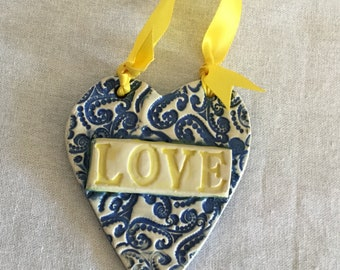 Ceramic Lacy Heart Wall Hanger.
