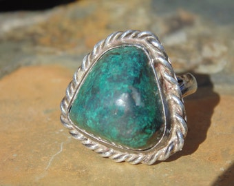 Native American ~ Sterling Silver and Green Turquoise Ring  - Size 6.25
