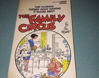 1966 - The Family Circus - The Family Circus By Bil Keane - Paperback