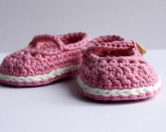 Crochet Baby Booties - Mary Jane Baby Shoes - Newborn - 0-3 Months - 3-6 Months - 6-9 Months - UK Seller - MADE to ORDER