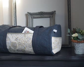 Large Duffel made of thick linen, liberty of London and details gold