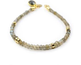 Labradorite Bracelet, Gold Nugget beads, Gemstone Jewelry, Friendship Bracelet, 14K Gold Filled, Her Gift, Gift For Wife, dainty bracelet