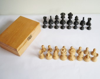 Wooden Chess Set with Box Wooden Chess Pieces Vintage Chess Set Chess Pieces made of Wood Old Chess Pieces